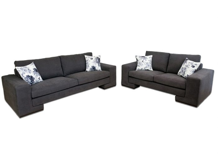 dama couch 2