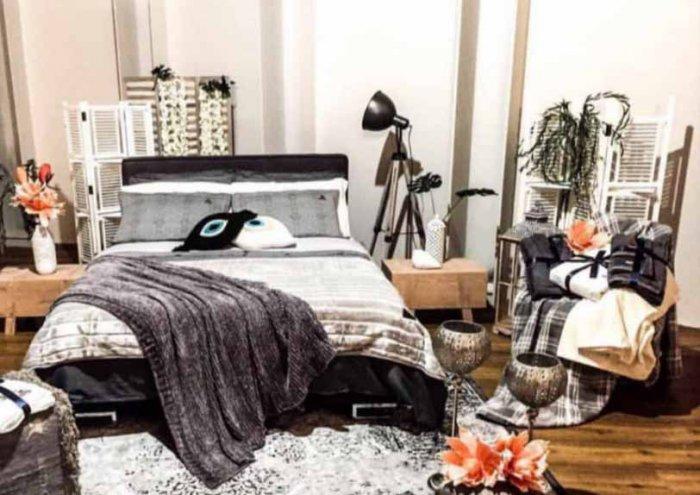 santorini bed tv