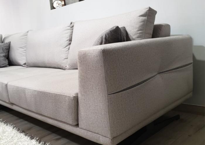 aura-sofa