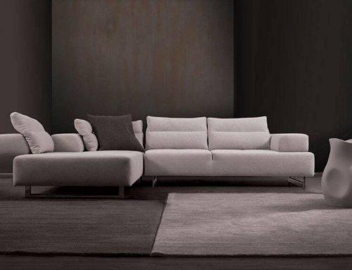 Γκρι καναπές: Με τι ταιριάζει;